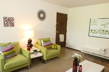 1836 Sunset Ave. #53 1-2 Beds Apartment for Rent Photo Gallery 1