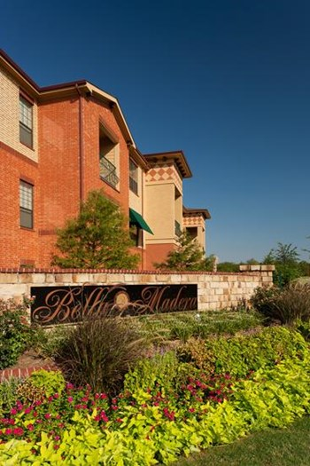 650 Leora Lane 1-2 Beds Apartment for Rent Photo Gallery 1