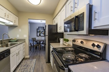 1505 Landings Drive 1-2 Beds Apartment for Rent Photo Gallery 1
