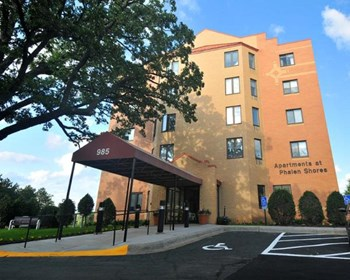 985 Ivy Ave E 1-2 Beds Apartment for Rent Photo Gallery 1