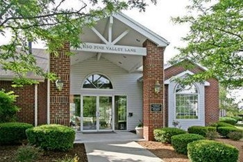 1130 Pine Valley Ln 1-2 Beds Apartment for Rent Photo Gallery 1