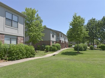 2034 Parkshore Drive 1-2 Beds Apartment for Rent Photo Gallery 1
