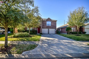 15207 Green Whisper Drive 4 Beds House for Rent Photo Gallery 1