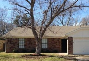 6310 Plainview Drive 3 Beds House for Rent Photo Gallery 1