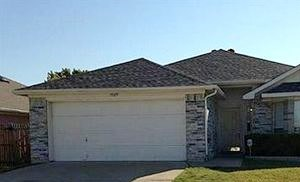 7029 ROVATO DRIVE 3 Beds House for Rent Photo Gallery 1