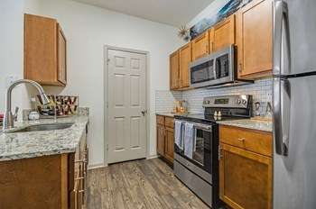 401 Teravista Parkway 1-3 Beds Apartment for Rent Photo Gallery 1