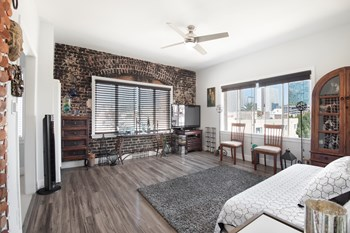 2933 W 8th Street, 1 Bed Apartment for Rent Photo Gallery 1