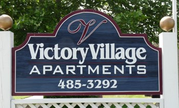 2304 Victory Boulevard 2-3 Beds Apartment for Rent Photo Gallery 1