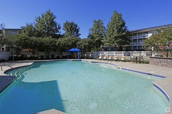 905 Pineville Point Avenue 1-3 Beds Apartment for Rent Photo Gallery 1