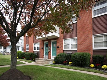 416 Clements Bridge Road 1-2 Beds Apartment for Rent Photo Gallery 1