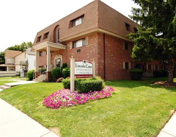 1320 Lincoln Ave 1-2 Beds Apartment for Rent Photo Gallery 1