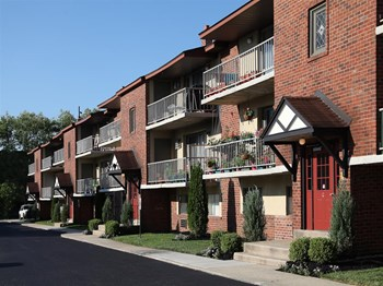 423 Governor Printz Boulevard 2 Beds Apartment for Rent Photo Gallery 1