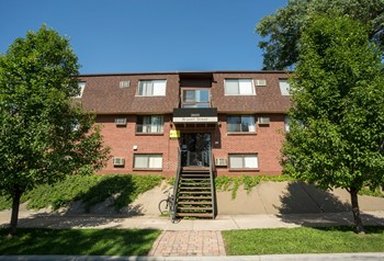 2455 Bryant Street 1-2 Beds Apartment for Rent Photo Gallery 1