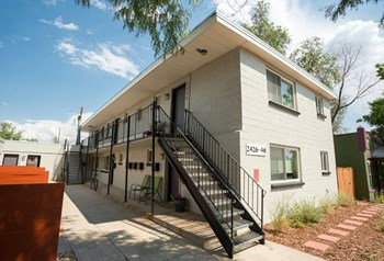 2426 Clay Street 1 Bed Apartment for Rent Photo Gallery 1