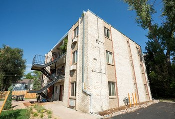 1285 Wolff Street 2 Beds Apartment for Rent Photo Gallery 1