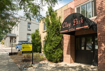 2526 Clay Street Studio-2 Beds Apartment for Rent Photo Gallery 1