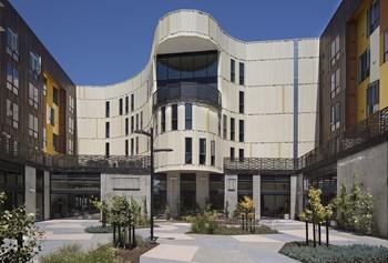 Corpo Housing Als D Apartments California La