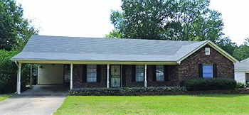 5373 Banbury Ave Memphis TN 38135 3 Beds House for Rent Photo Gallery 1