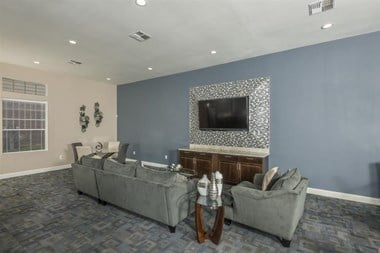 7700 Willowchase Blvd 1-3 Beds Apartment for Rent Photo Gallery 1