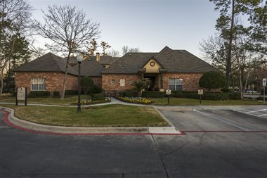 5303 Atascocita Rd 1-2 Beds Apartment for Rent Photo Gallery 1