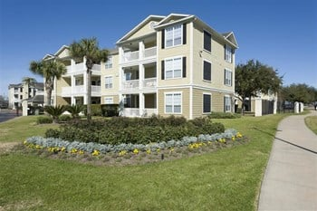 2900 Pearland Parkway 1-3 Beds Apartment for Rent Photo Gallery 1