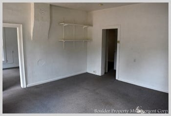 1817 CANYON BLVD 3 Beds House for Rent Photo Gallery 1