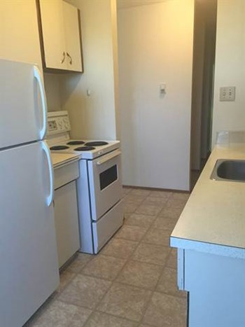 10625 - 112 Street 1 Bed Apartment for Rent Photo Gallery 1