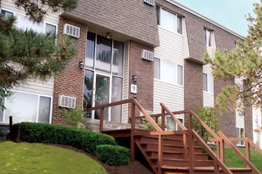 20 Eastview Drive Studio-2 Beds Apartment for Rent Photo Gallery 1