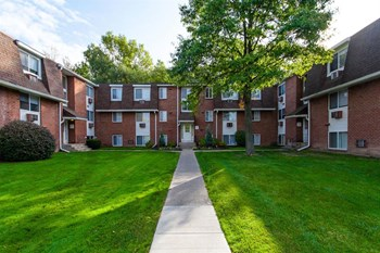 396 Willowbrooke Drive Studio-3 Beds Apartment for Rent Photo Gallery 1