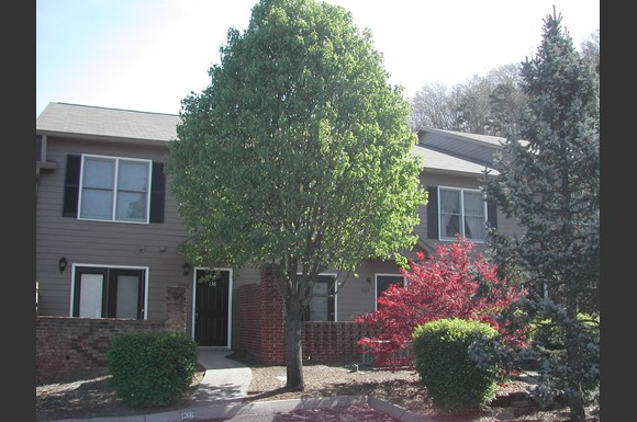 Forest Ridge Apartments (Knoxville, TN): from $725 - RENTCafé