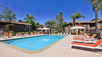 1660 Kendall Dr 2-3 Beds Other for Rent Photo Gallery 1
