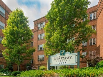 3310 & 3270 Warrensville Center Rd. 1-2 Beds Apartment for Rent Photo Gallery 1
