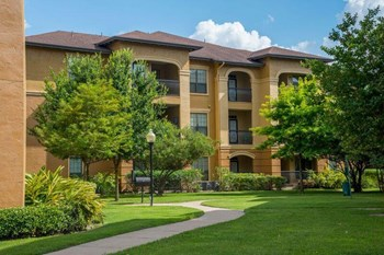 13330 West Road 1-3 Beds Apartment for Rent Photo Gallery 1