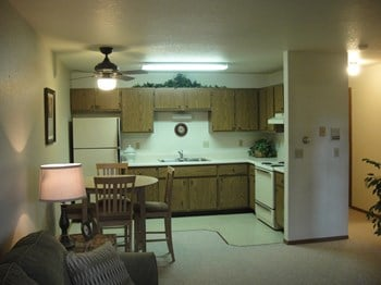 919 Wisconsin Ave 1-2 Beds Apartment for Rent Photo Gallery 1