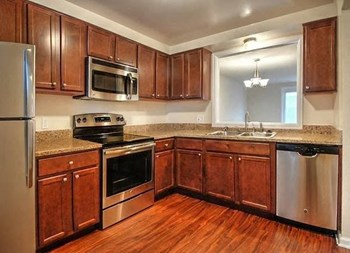 329 Evans St 1-3 Beds Apartment for Rent Photo Gallery 1