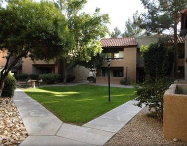 8530 N 22ND Ave 1-2 Beds Apartment for Rent Photo Gallery 1
