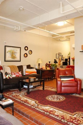 470 Western Avenue Studio-3 Beds Apartment for Rent Photo Gallery 1