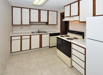 101 E New Hampshire Ave 1-2 Beds Apartment for Rent Photo Gallery 1