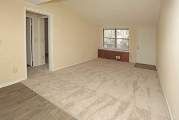 7241 Old Kings Rd Studio-2 Beds Apartment for Rent Photo Gallery 1
