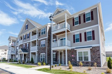3801 Rivers Pointe Way 1-3 Beds Apartment for Rent Photo Gallery 1