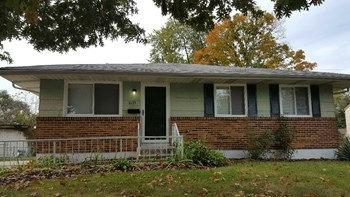 3155 Dunloe Rd 3 Beds House for Rent Photo Gallery 1