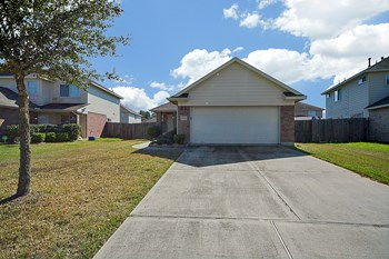 8902 Waterpine Drive 3 Beds House for Rent Photo Gallery 1