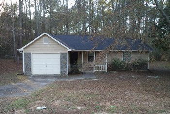 9395 Forest Knoll Dr 3 Beds House for Rent Photo Gallery 1
