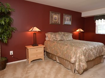 9902 Cervidae Lane, #4 1-3 Beds Apartment for Rent Photo Gallery 1
