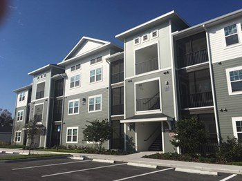 9104 Canopy Oak Lane 1-3 Beds Apartment for Rent Photo Gallery 1