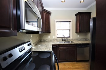 685 Penn Avenue 1-2 Beds Condo for Rent Photo Gallery 1