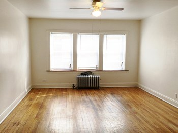 7505 S. Calumet Avenue Studio-2 Beds Apartment for Rent Photo Gallery 1