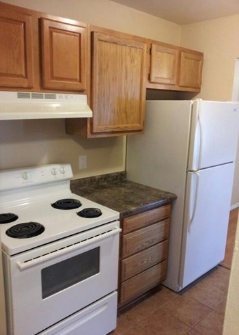 1302 Sunfield st 2 Beds Apartment for Rent Photo Gallery 1