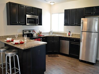 7420 Shallow Creek TRL 2-3 Beds Apartment for Rent Photo Gallery 1