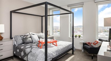 280 East Broad Street Studio-2 Beds Apartment for Rent Photo Gallery 1